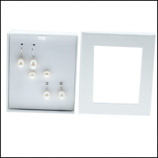 Boxed Set Of Earrings-0